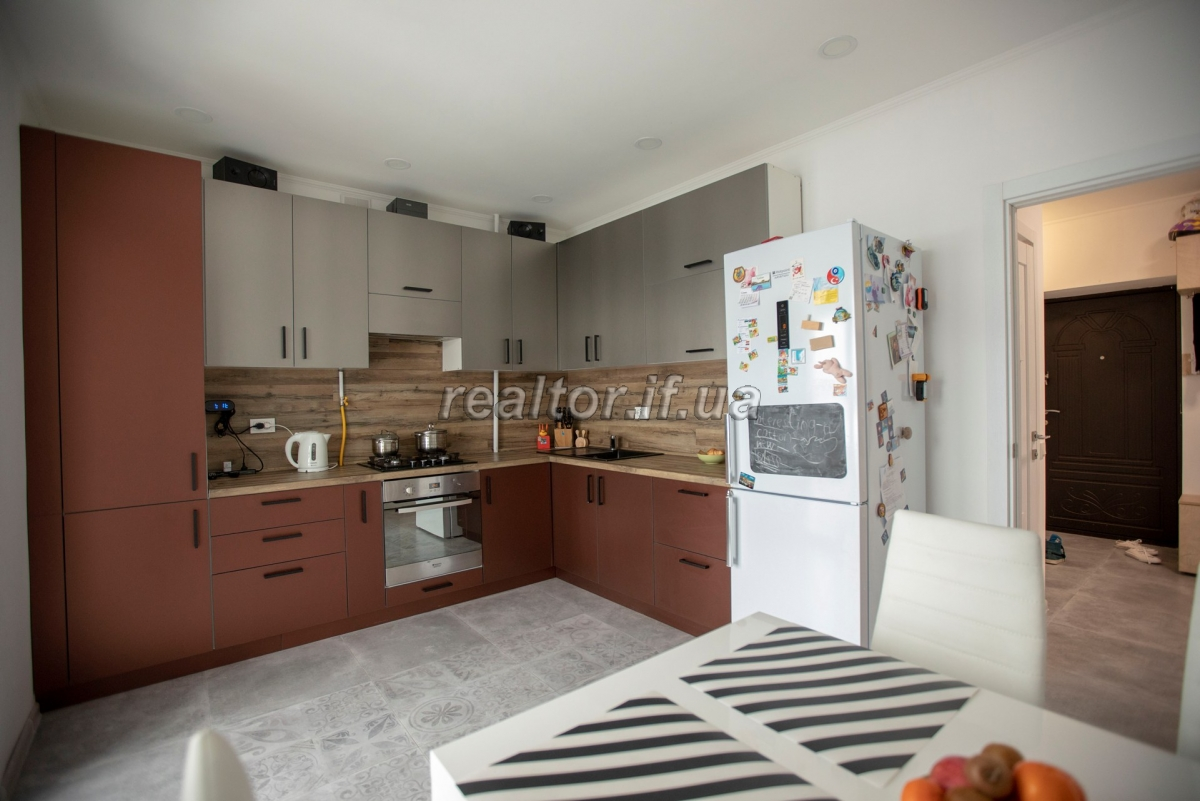 Modern apartment in a developed neighborhood on the street Stus between Epicenter and Arsen