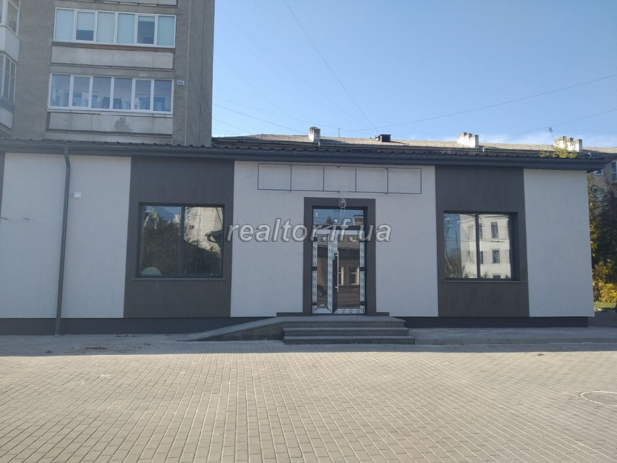 Long term rent of a premise in the central part of the city
