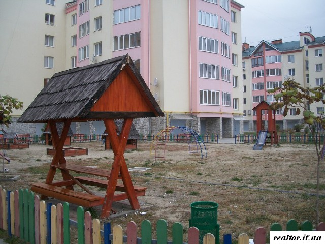 Ivano-Frankivsk, apartments in Pasichny NEW PRICE Urgently