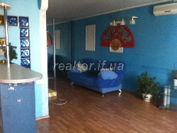 Duplex apartment renovated and furnished
