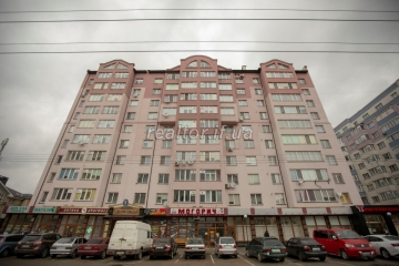 The apartment is in a new residential building in a residential developed residential district on Symonenko Street