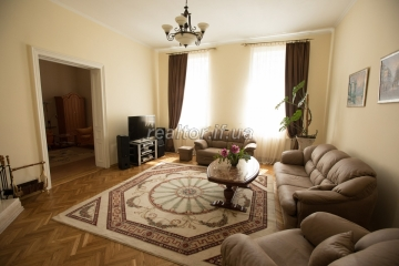 Apartment in a Polish suite with qualitative repair in the historic center of Ivano-Frankivsk