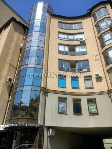 Office for rent city center ул. Grushevskogo, area 130 sq.m