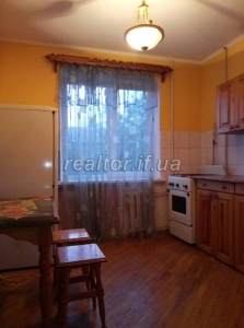 I will rent a nice one-room apartment on Khotkevycha street