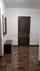 For sale 1 bedroom apartment in a rented and populated house on Melnik Street