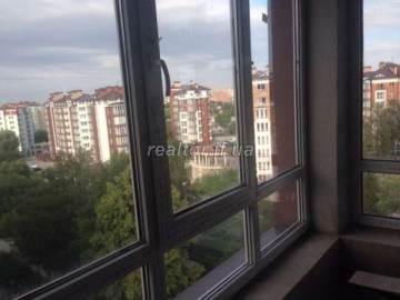 Two-level apartment with partial repair in Kalinovy Sloboda for sale