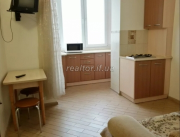 Apartment for sale in a building and a newly built new building in the central part of the city on the street Mikhnovsky