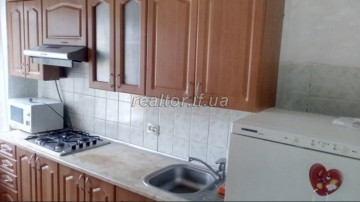 One-room apartment with autonomous heating for sale in the Pasichna district on Khimikiv Street
