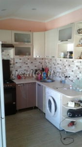 Large 2 bedroom apartment for sale in a stowed and populated house on Stus Street