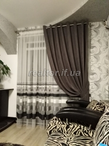 For sale a large apartment with high-quality euro-repair on Pasichna Street