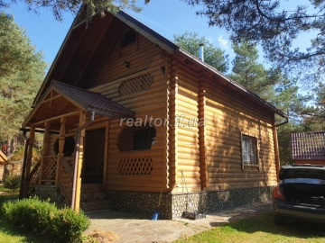 Country house for sale in the picturesque location of the Carpathians