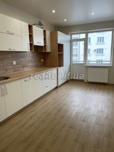 Apartment for sale in the developed area of Pasichna with renovation on Halytska Street