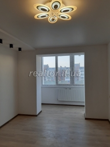 Sale of the apartment in the handed over house with repair nobody lived Pasichnaya Street