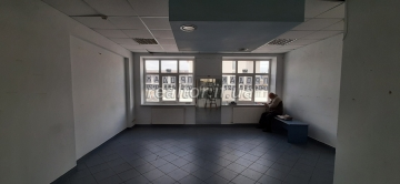 Office for sale on Rynok Square overlooking the Town Hall