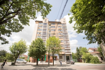 Sale of modern apartment with spacious planning in which nobody lived on Vovchinetskaya