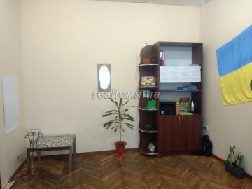 Sublease of the office opposite the railway station Zaliznychnaya street