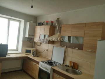 I will rent an apartment for rent at Pasechna near the Regional Clinical Hospital