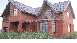 Sold a mansion in the suburbs of Ivano-Frankivsk
